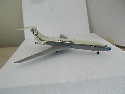 Metal Display Model 1:200 scale British United VC-10 G-ATDJ Boxed