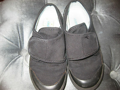 Children's Start-Rite Plimsoll Size 11