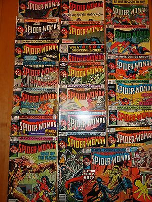 Konvolut Spider Woman US Comic Englisch Marvel US Import LOT