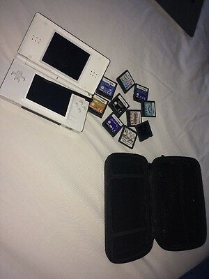 White Nintendo DS Lite With Games And Charger