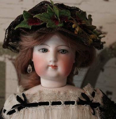 """Francois Gaultier Fashion Lady - Size """"3""""- 16 inch-antique costume-exc condition"""