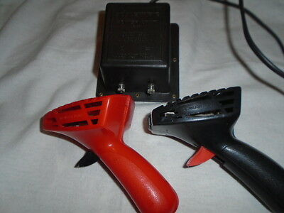Classic Scalextric C922 Power Unit/transformer And 2 Controllers/hand Throttles