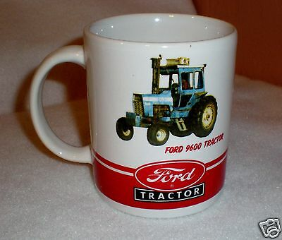 """Ford Tractor """"New Holland 8730"""" Coffee Cup/Mug"""