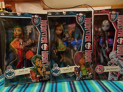 monster high dolls 3 figures new in box