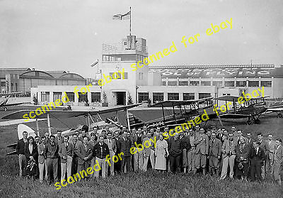 Photo - Group photograph, Brooklands School of Flying, September 1933 (2)