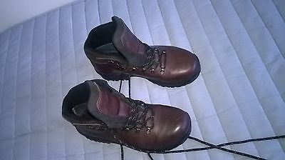 walking boots,mens size 8