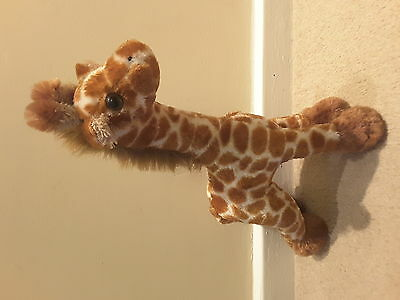 Super cute and soft giraffe teddy bear, new with tags, great Christmas present!