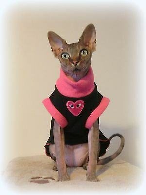 kitten HEART Sphynx cat clothes - sweater for a cat, Nacktkatze warm pet clothes