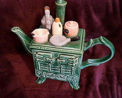 Cardew Collectable Novelty Miniature Teapot Green Stove Great Condition