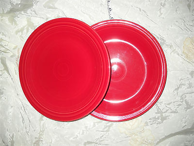 """Homer Laughlin Fiesta Lot 2 Scarlet Red Dinner Plates Dishes 10.5"""" ~11"""" EXC COND"""