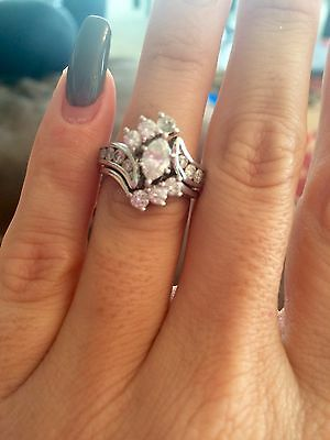 Zales Marquis Bridal Set Engagement Ring!! 1.5 Carot Total. Excellent Condition!