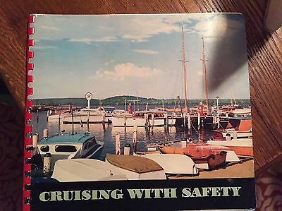 """Texaco Gas & Oil. Boating Book """"Cruising with Safety""""  1955 FREE SHIPPING"""