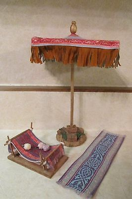 """Fontanini Nativity Weaving Rug Makers Tent 5"""" Includes 3 pieces"""