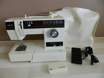 Singer 6233 Sewing Machine with Cover
