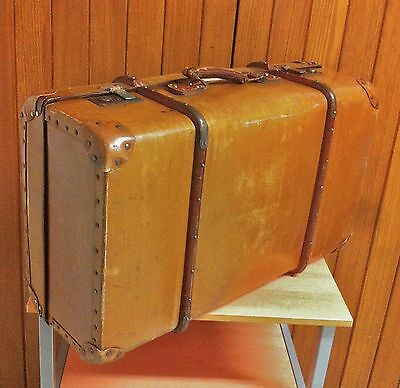 Beautiful Vintage Wooden Ribbed Suitcase