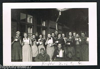 BORKUM, Foto vintage Photo, Frauen Kaserne Kartoffel schälen barracks (31)