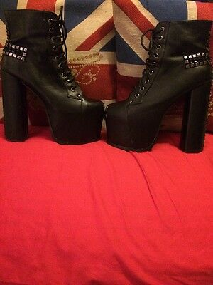 Well Worn/used Studded Black Stiletto Boots Size 7