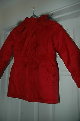 Girls red hooded fur trim coat age 8-9 (9 on tag)