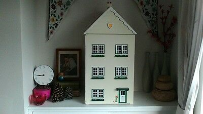Refurbished retro wooden dolls house with furniture 1/16th scale