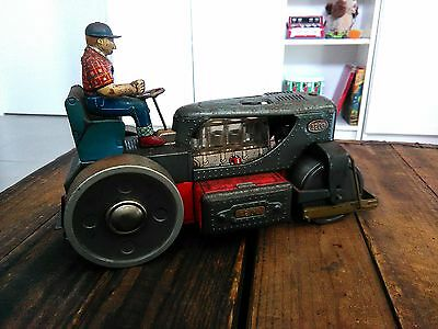 Vintage tin toy Steamroller with driver Made in Japan battery operated Rare