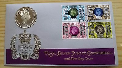 Royal silver jubilee crown medal and first day cover 1977