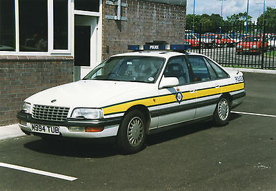 """12 - 6""""x4"""" Colour Photos of older vehicles from the WEST YORKSHIRE POLICE"""