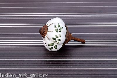 Rare Decorative Beautiful Vintage Ceramic Drawer/Wardrobe/Door Knobs. i24-4