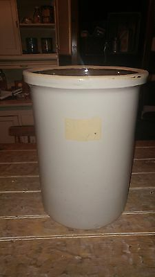 Antique 5 Gallon Unmarked/Unfinished Stoneware Crock Great Shape