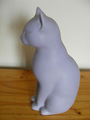 Lilac Ceramic Sitting Cat,Porcelain,China,Otto Brauer, Animals Asia 100%