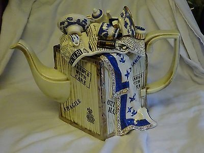 Limited Edition Detailed Cardew/royal Doulton Teapot Rest Old Willow Large