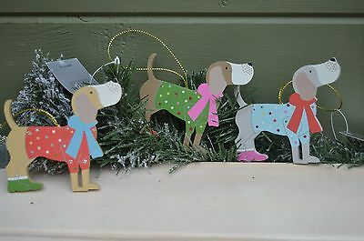 Gisela Graham Wooden Painted Party Dog Christmas Decoration (set of 3)