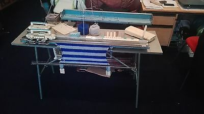 Brother Jones KH 585  Knitting machine with tools and manual
