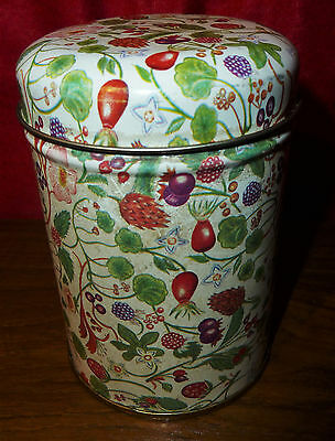 Lovely Vintage Tin with Flowers detail