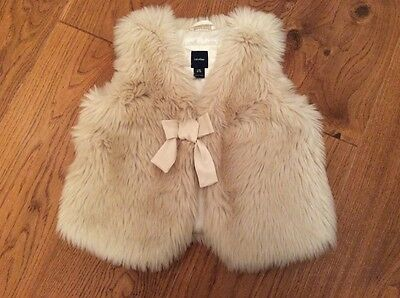 Stunning Cream Fluffy Party Gilet - Age 6 Years