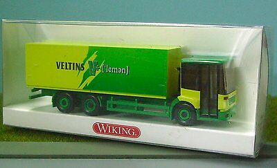 WIKING HO SCALE - MERCEDES DELIVERY TRUCK - assembled plasic scale model