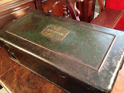 Early Vintage Atwater Kent Model 40 AC Dial Tube Coffin Case Table Metal Radio
