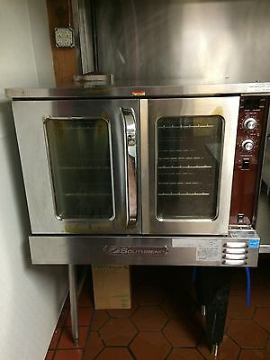 Southbend, double door, commercial gas oven. Excellent condition. scottwn1@yahoo