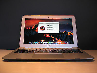 "Apple MacBook Air 11.6"" 2Gb/1.6GHz Core i5/64Gb SSD 10.12.1 Working VGC Bundle"