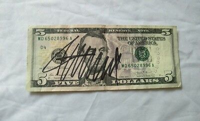 DONALD TRUMP SIGNED $5 DOLLAR BILL ( Guaranteed To Pass Any Authentication )