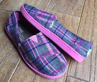 TOMS Plaid Wool Slip On Shoes Youth Size 3.5 Pink Purple