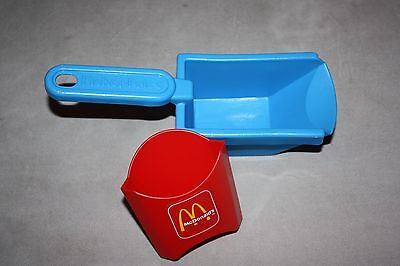 Vintage Fisher Price McDonalds replacement french fries scooper basket & sleeve