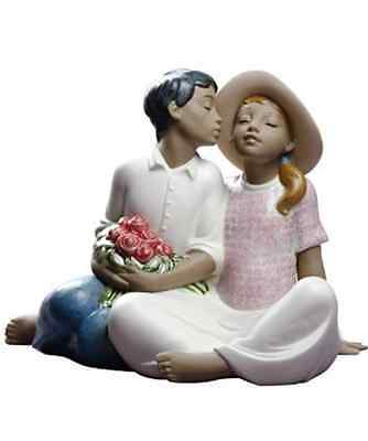 Nao by Lladro woman man love 02012012  STEALING A KISS NEW #2012