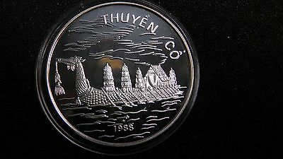 1988 Vietnam 100 Dong Dragon Boat Silver Proof coin Rare!