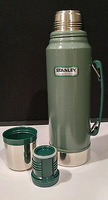 Stanley Green Thermos Vacuum Bottle 1.1 Quart Stainless Steel - EN12546-1 / NWOB