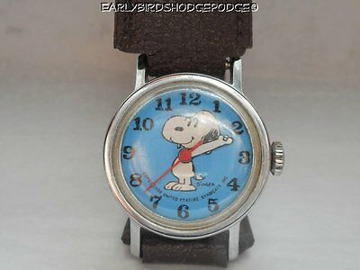 Vintage 1958 Schulz United Feature Syndicate Snoopy Wind Up Watch Working