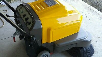 Sweeper electric . Battery power. Vacuum