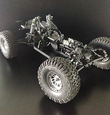 1/10 Scale Vaterra Twin Hammers High Preformance 4WD Rock Racer Rolling Chassis.