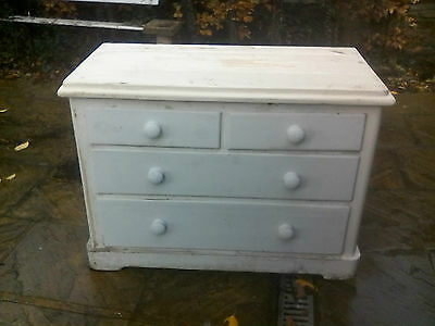 Victorian White Painted 3 Height Pine Chest Of Drawers