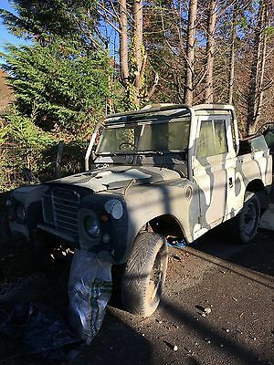 "1975 LAND ROVER 88"" - 2.25 pick up"