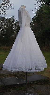 Vintage 1950s Full Skirted Lace Wedding Dress
